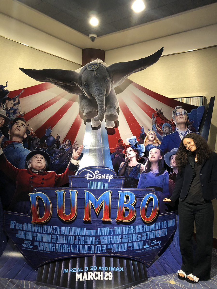 Nerding out over @dumbo in my proud role as #StageMom ???????? https://t.co/E9bzk4qa9Z
