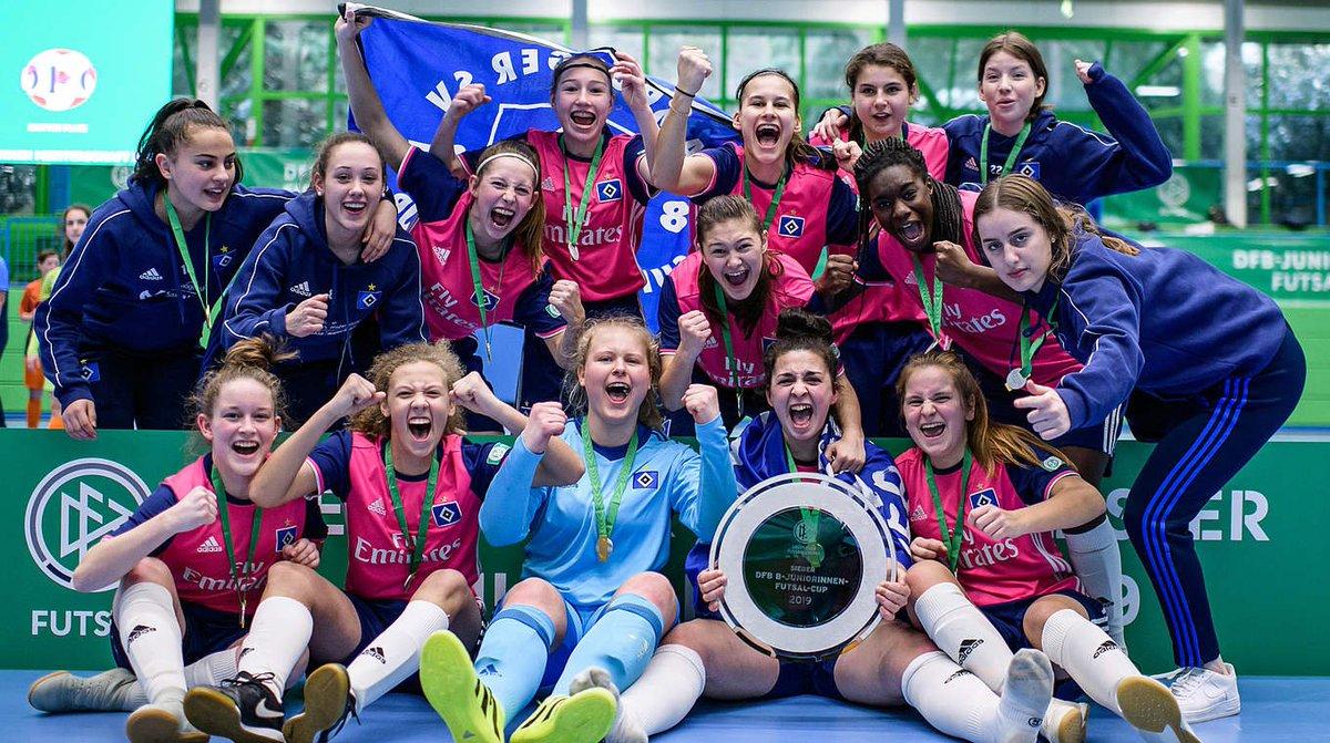Die B-Juniorinnen des @HSV gewinnen den DFB-Futsal-Cup in #Wuppertal ➡ https://t.co/UrabnHqBBa #Futsal #DFB https://t.co/N5TKpdnfEV