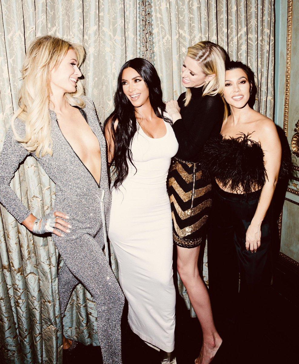 #Sisters ✨????????????????????????????????✨ https://t.co/4E4nCizD0D