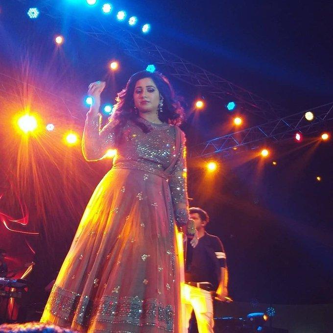 Happy birthday Melody queen Shreya Ghoshal
