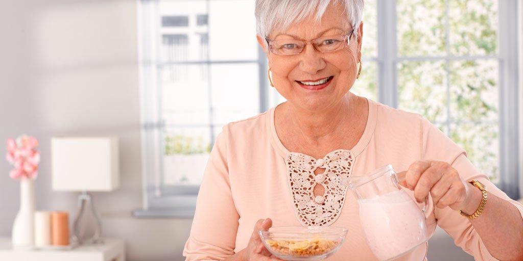 test Twitter Media - La Federación Española de Sociedades de Nutrición, Alimentación y Dietética recomienda el consumo de lácteos para fomentar un envejecimiento saludable y la prevención de fractura por #osteoporosis.  #AESTEinforma vía @SendaSenior  https://t.co/61NKlkBGuK  #PersonasMayores https://t.co/mzQ67Wy8SY