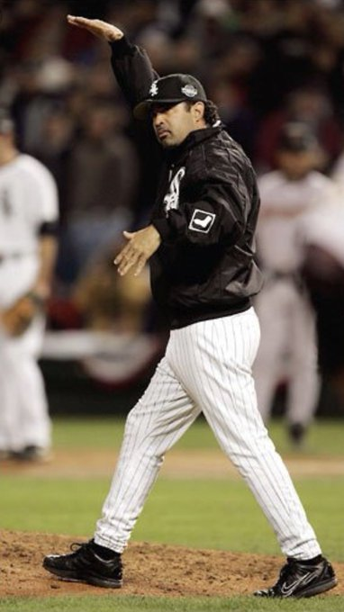 Happy birthday Bobby Jenks. My favorite moment when Ozzie called for Bobby.