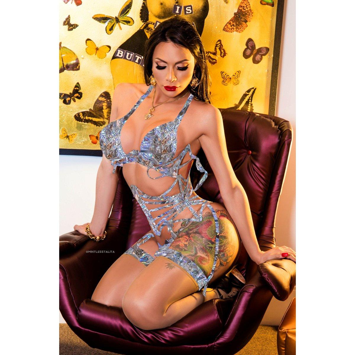 #londonts #londonshemale #london #ts #escort #londontranny #shemale #trans #bigcock #sexy #beautiful #ass #tits #tranny #ladyboy #cock #lingerie #mirror #hot #chelsea #Versace