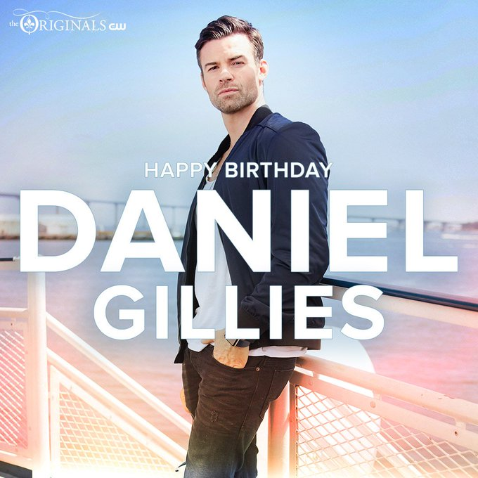 Happy Birthday to Daniel Gillies !