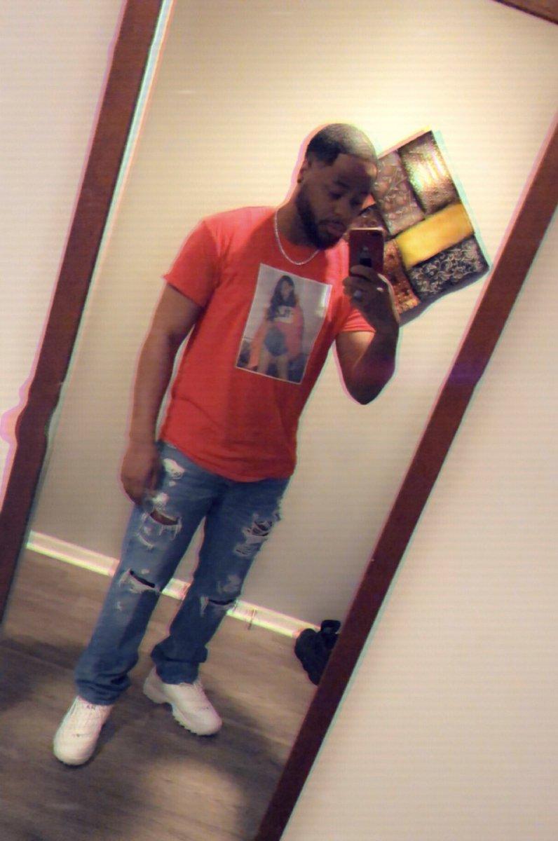 RT @Terrellionaire: @ashanti  ???????? https://t.co/hPhCpeK7Zr ..> u look cute ❤️