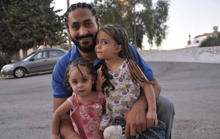 This is Waseem Daraghmeh, a #Jordanian who immigrated to New Zealand 5 years ago to work there as a barber. He was shot 4 times and one of his daughters 3 times during today's terrorist attack against the mosques in NZ. Both are in critical condition. #heartbroken 💔