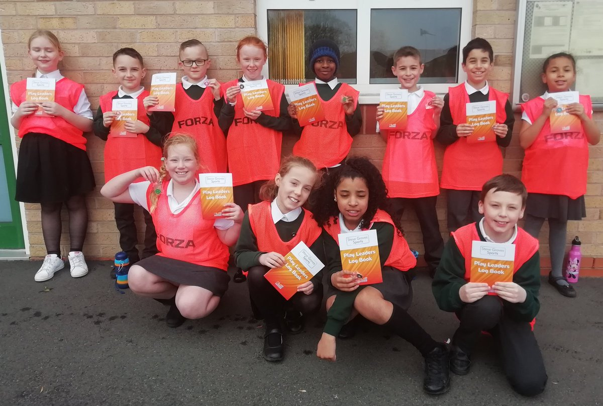 test Twitter Media - Congratulations to Hollywood's newest and proudest lunchtime PALs (Playground Activity Leaders). AKA Playleaders. These Y5's have spent a year working with KS1 at playtime. Well deserved. https://t.co/mDCjCVA4dN