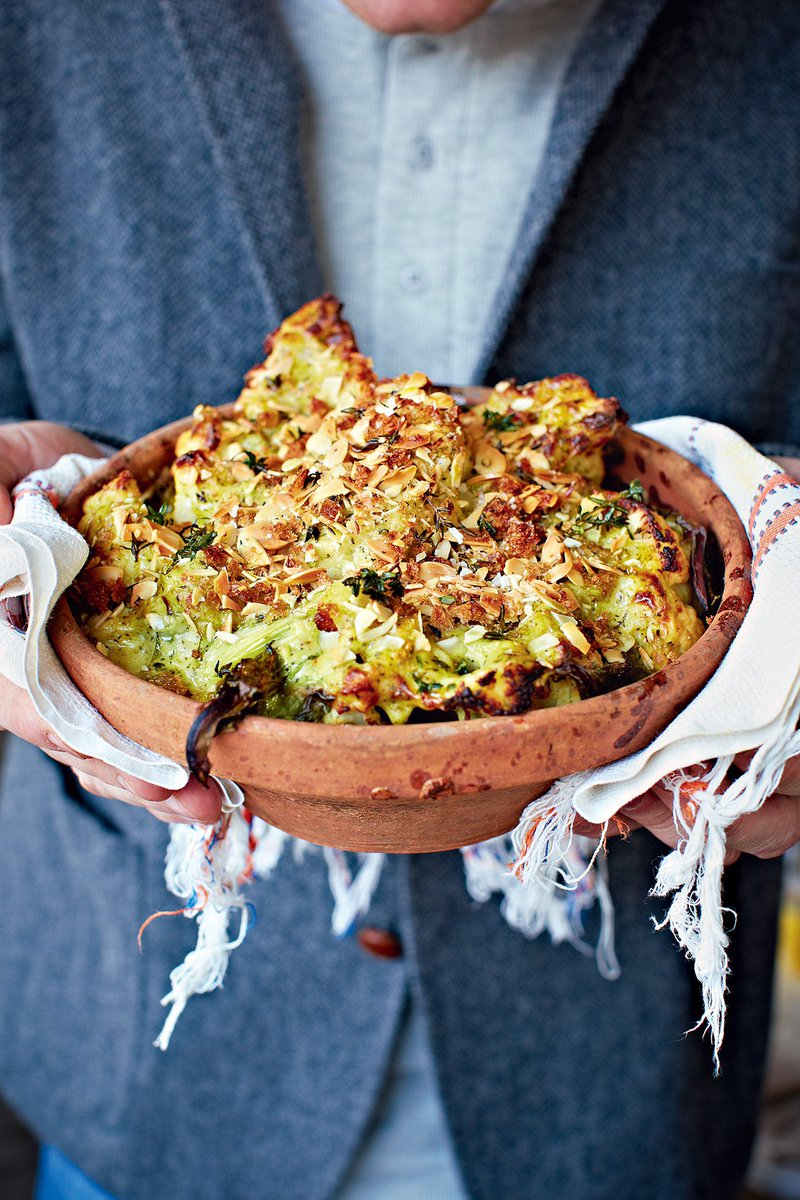 Cauliflower & broccoli cheese....WARNING: this might just change your life ????  https://t.co/rrWo3kPvbt https://t.co/gQYkqF2EhN
