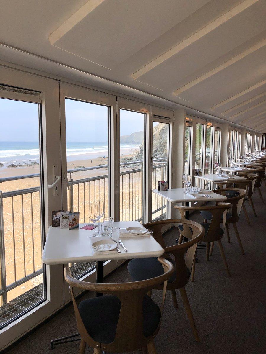 RT @FifteenCornwall: Beautiful Friday lunch time views today #FifteenCornwall #Cornwall #FridayMotivation https://t.co/tRruQD0k59