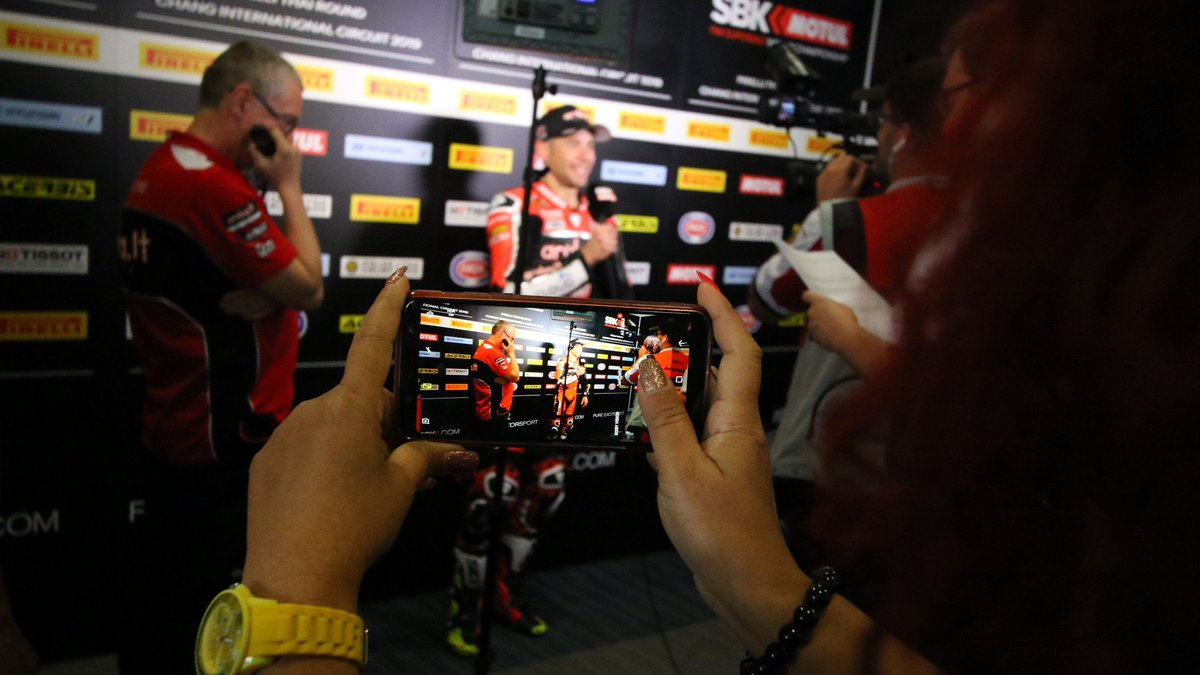 test Twitter Media - 🔥Emotions run high…   Aggressive passes, fighting talk, a brake failure horror story and more top quotes from #THAWorldSBK 🇹🇭  📄 | #WorldSBK https://t.co/1SrCg8fVFp https://t.co/W75zGeXIk9