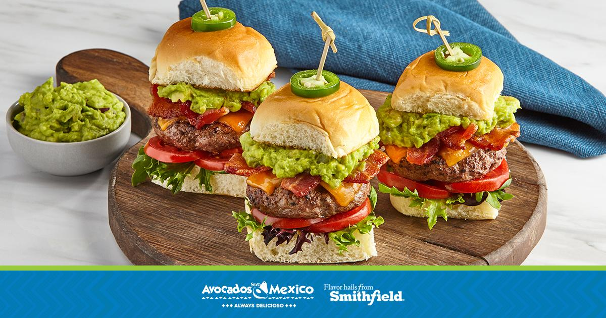 Got hungry fans to feed? Here's a pre-tip tipoff: Stock up on Avocados From Mexico now.  #Ad https://t.co/HLFcb9h7Nr