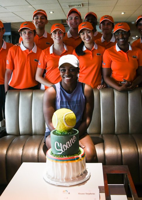 Happy birthday, Sloane Stephens! Cake courtesy of the  :