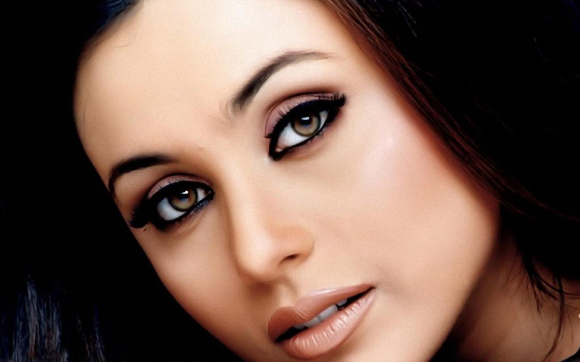 Happy Birthday Queen Rani Mukerji