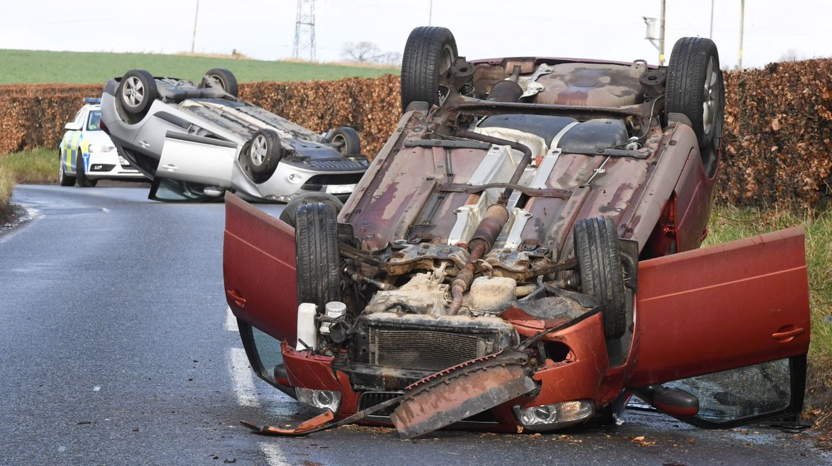 VIDEO: Two cars overturned in crash on Aberdeenshire road  https://t.co/kwtmyvDTT6 https://t.co/G0sqa2xSVU