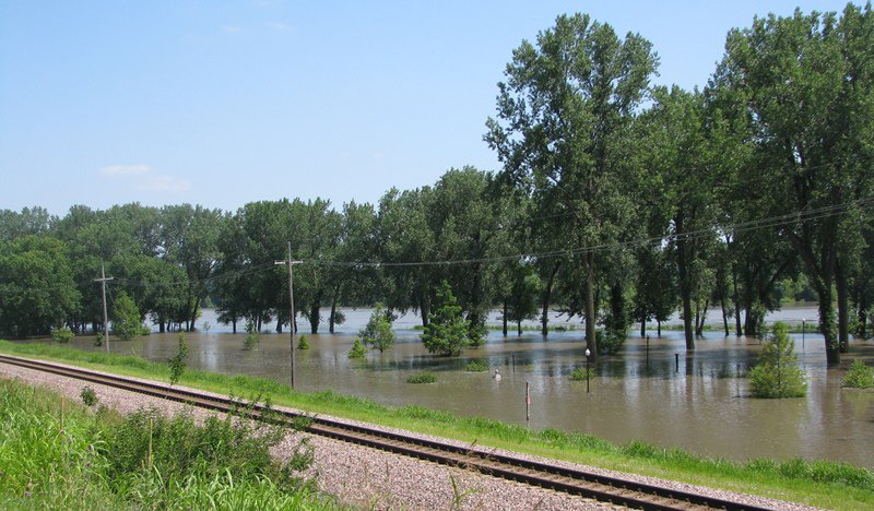 test Twitter Media - The Missouri River is due to crest at 32.2 feet from Friday evening to Saturday evening. As a note of reference, on July 10, 2011, the river crested at 32.65 feet with water rising to the south of English Landing Drive. Check out these photos from today and from 2011. https://t.co/A25MYm4RbZ