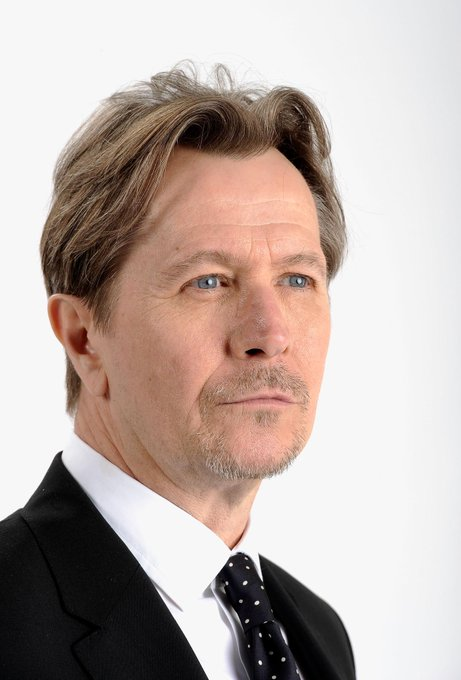 Happy birthday to Gary Oldman. A wonderful actor one of my favourites!!! Thats it. Thank you for reading my message