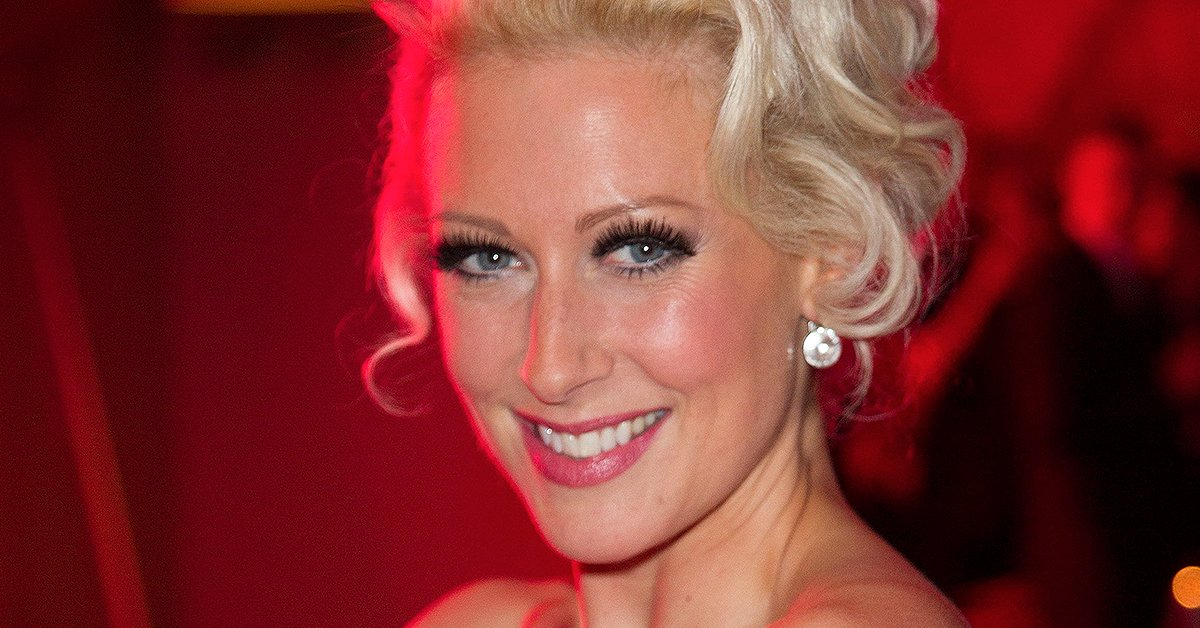 RT @WhatsOnStage: Faye Tozer joins Everybody's Talking About Jamie in the West End https://t.co/55PTcs2Adw https://t.co/FLAc8xZM0P
