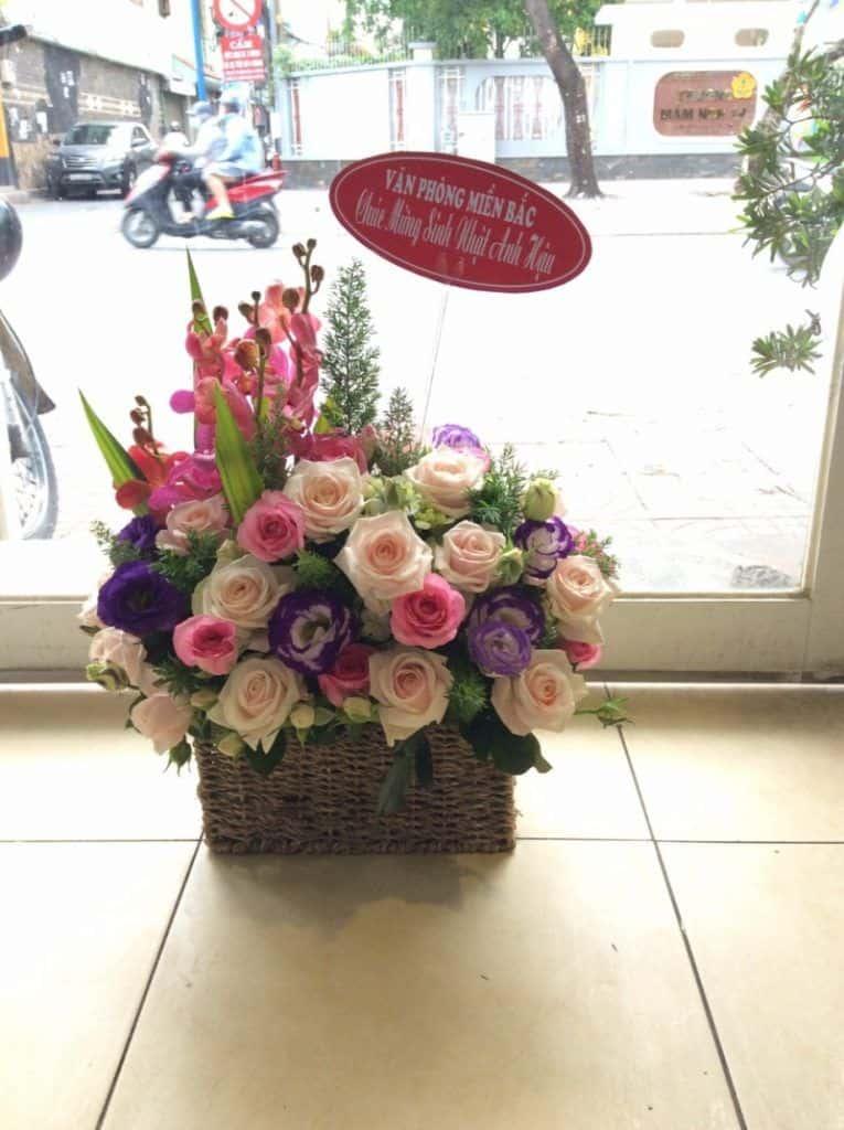 Đặt hoa sinh nhật tại shop hoa tươi Biên Hòa mrhoa với mẫu hoa đẹp, giá hoa cạnh tranh, giao hoa nhanh chóng #shophoatuoi #mrhoa #shophoamrhoa https://t.co/PmbDlSo6nR