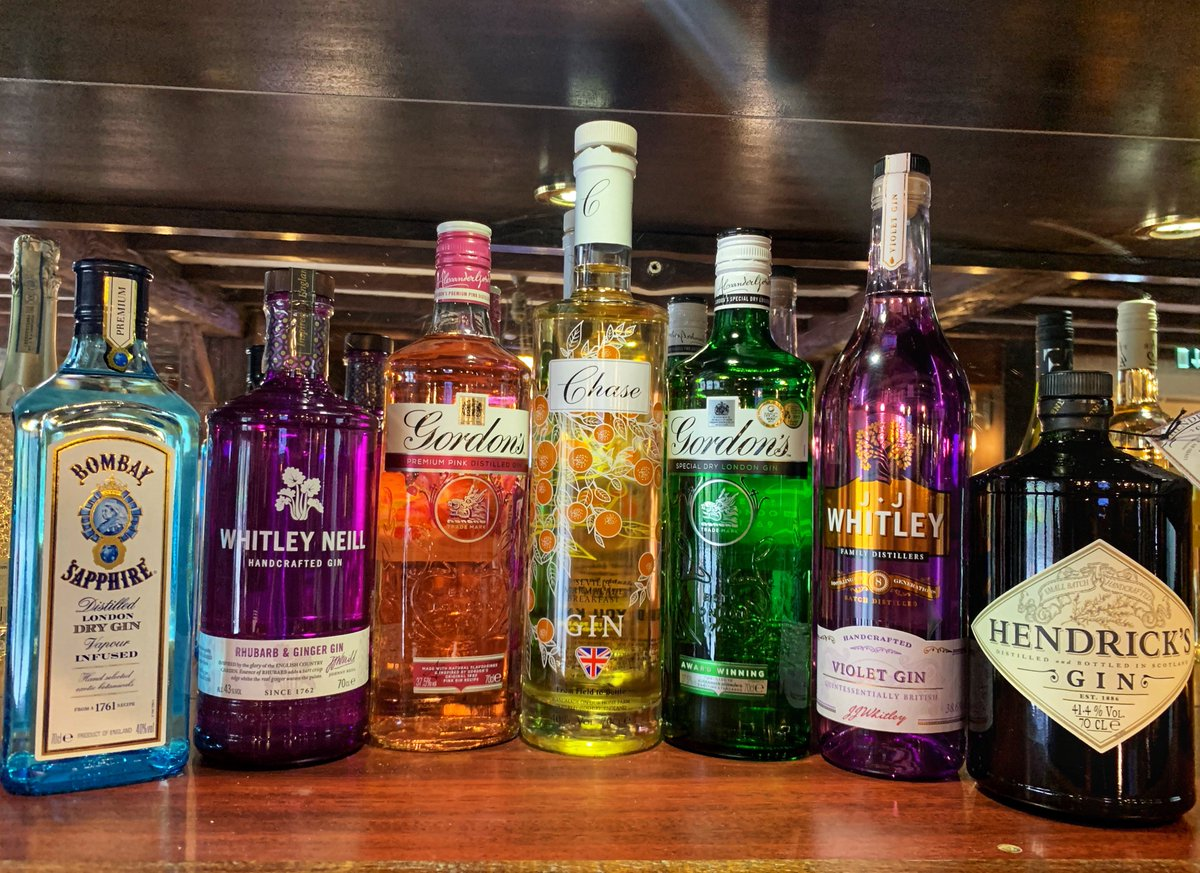 test Twitter Media - GINtastic - Launching our brand new GIN BAR🍸 We have a fantastic selection of Gins available in our Clubhouse Bar. Join us for a cheeky Gin or seven? It would be rude not to sample them all! . #ginoclock #ginbar #weekendvibes #southwalesbar #cottrellpark #gintastic #ginandtonic https://t.co/h8Ek8e7qLr