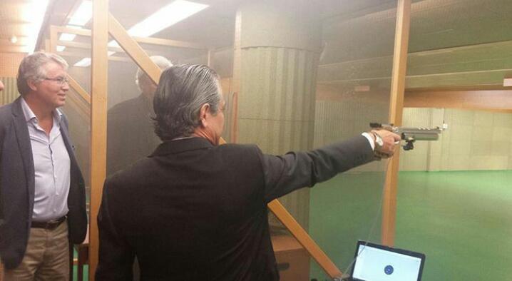RT @AnaAgp_1967: Aquí el pirata @MarcosdeQuinto  @cocacolaenlucha  https://t.co/NzfIHd8cY8 https://t.co/Mg7w5Z92Lq