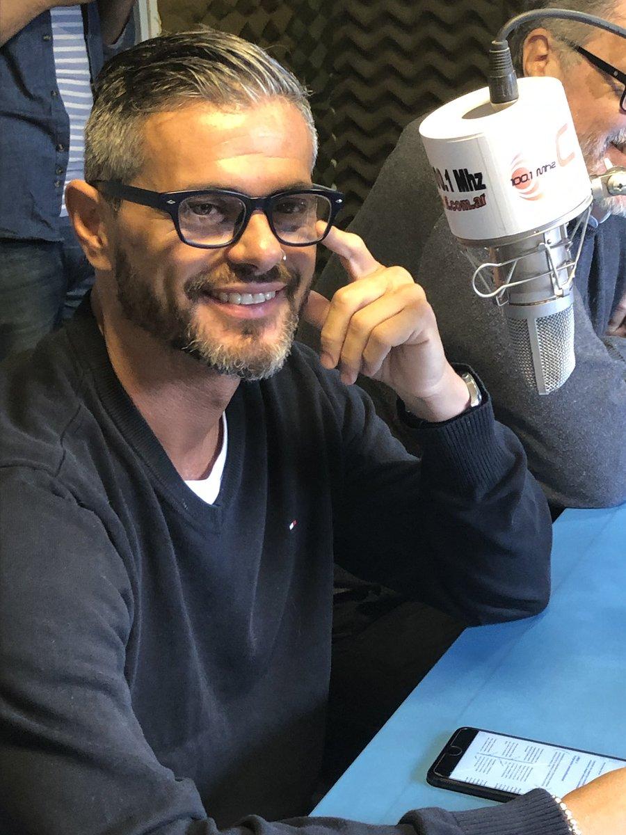RT @JuanRomano10: Ahora en FM 100.1 radio provincia #Ushuaia #ciudad #findelmundo https://t.co/RGO2ZVMAKO