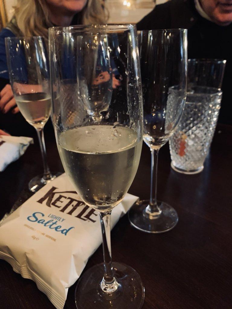 2ème verre #pété https://t.co/vT5CVPhOWo