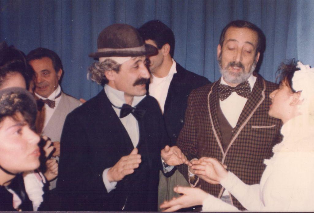 """test Twitter Media - #TorredelGreco """"Visse d'arte, visse d'amore"""". L'ultimo abbraccio a #PierinoVitiello, attore, poeta e cultore della #Napoli teatrale. https://t.co/Can0gbvLn8 https://t.co/GGlGci2bRW"""