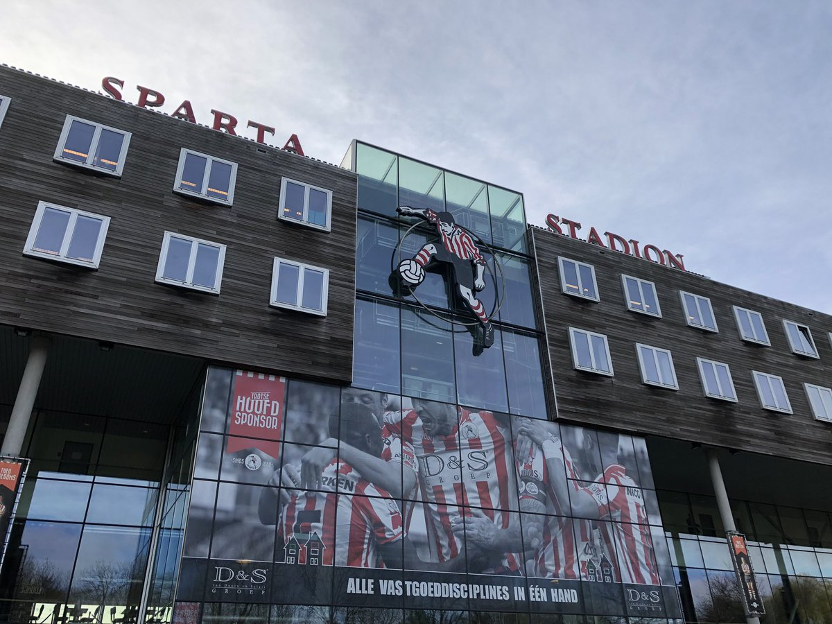 "Goedemorgen vanuit Rotterdam! 👋🏻 📍Sparta Stadion ""Het Kasteel""  #SPANEC https://t.co/EX2AFZmV1O"