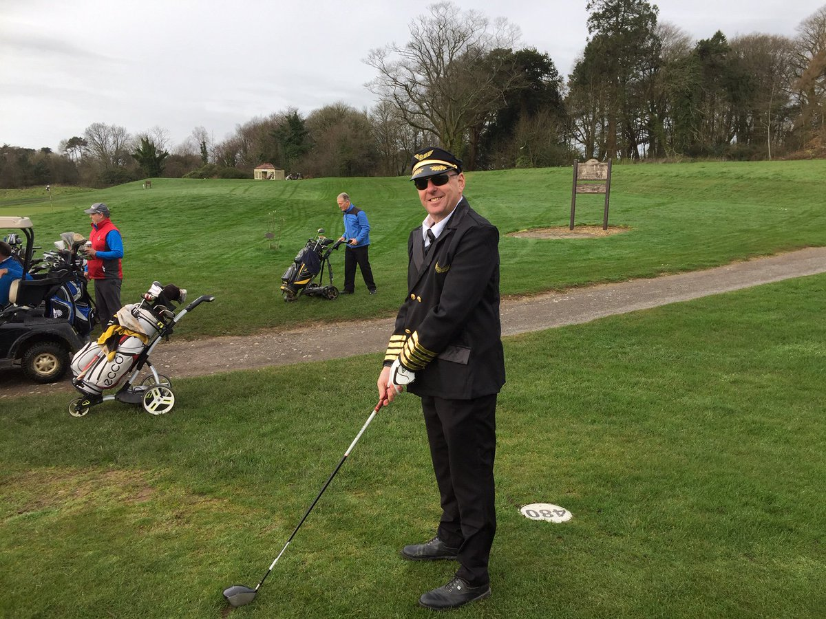 test Twitter Media - MENS CAPTAINS DRIVE IN..⛳️🏌️♂️  On Thursday we saw our Lady Captain take to the course for her Drive In & yesterday it was the turn of Mens Captain Craig!  We loved the outfit & it was definitely fitting with the upbeat atmosphere of the day 😊 . #menscaptain #golf #walesgolf https://t.co/zGV4ixxEQM
