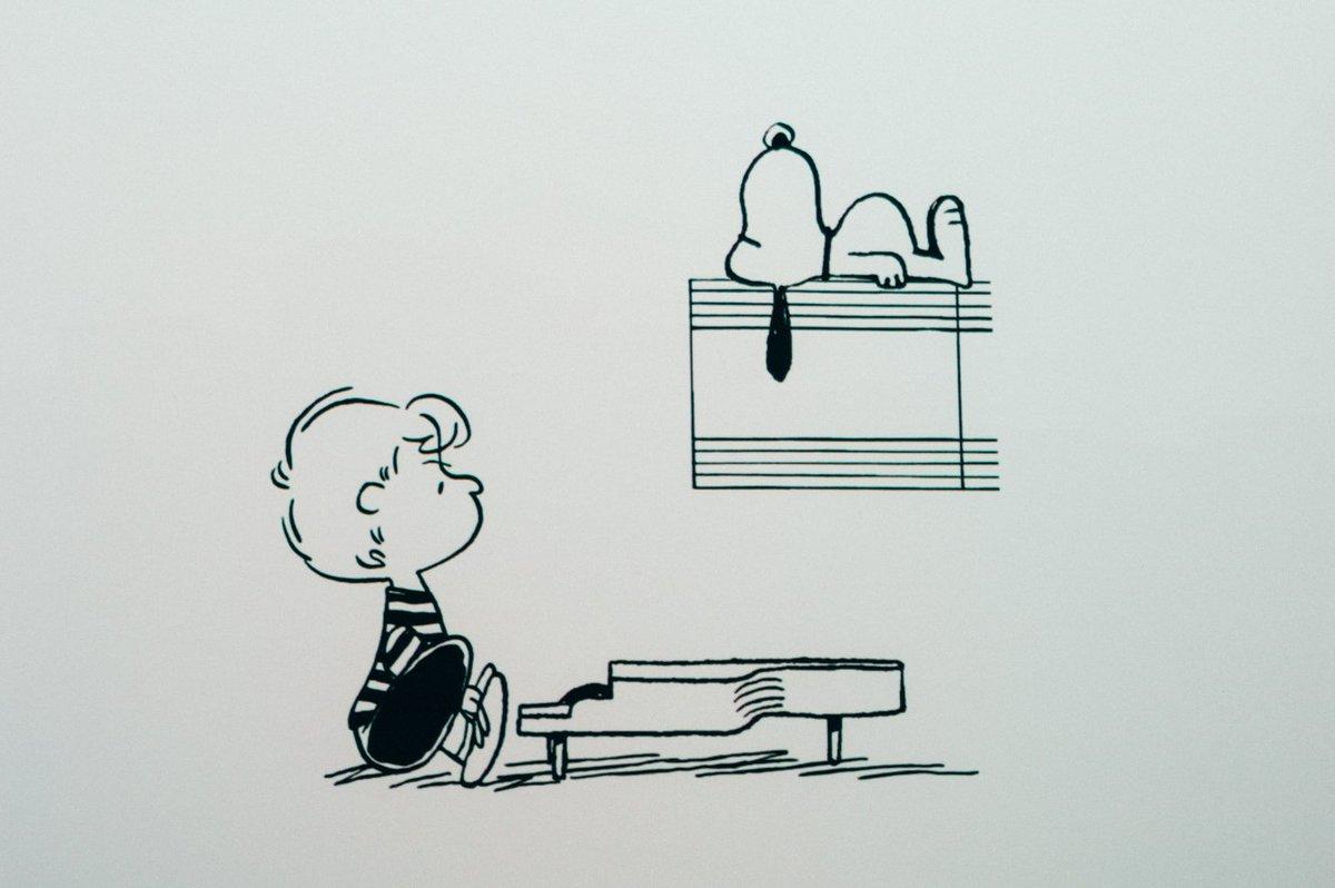 test ツイッターメディア - 【巡回展:展示のみどころ】 スヌーピーミュージアムのために作られたオリジナルアニメーションも、巡回展でご覧いただけます。原画やヴィンテージグッズだけでなく、こちらも見て、聞いてお楽しみください。  オリジナルアニメーション「シュローダー&スヌーピー」 https://t.co/0v55TSb9wq