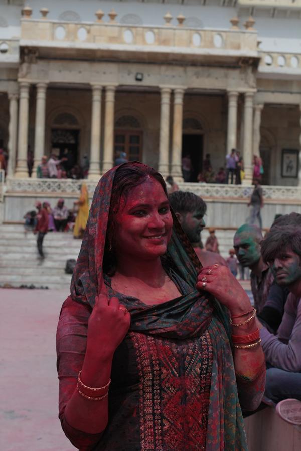 test ツイッターメディア - 今夜のトーンズ・リーフ @tonesreefでは、世界各地で行われるホーリー祭の中でも一二を争うほど盛大で危険と言われるVrindavanでのHoli Melaの実況リポートを交えてお送りします! インド映画音楽ももちろんかけます! ★ON AIR★今夜3月26日19:30~20:00 @FM842MHz #Holi  >続く https://t.co/v8Rz0VBlTd