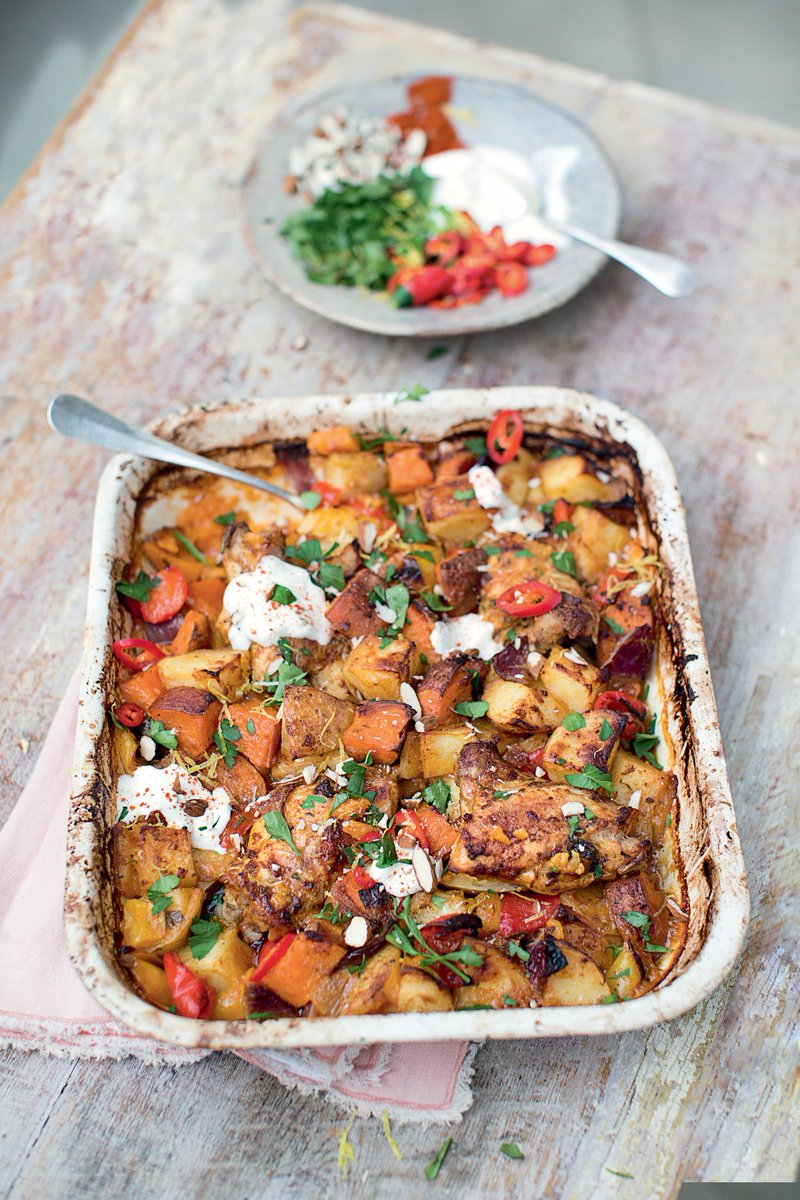 Check out this chicken & chorizo bake....????  P150 in Super Food Family Classics!! https://t.co/auoXnbBwBs