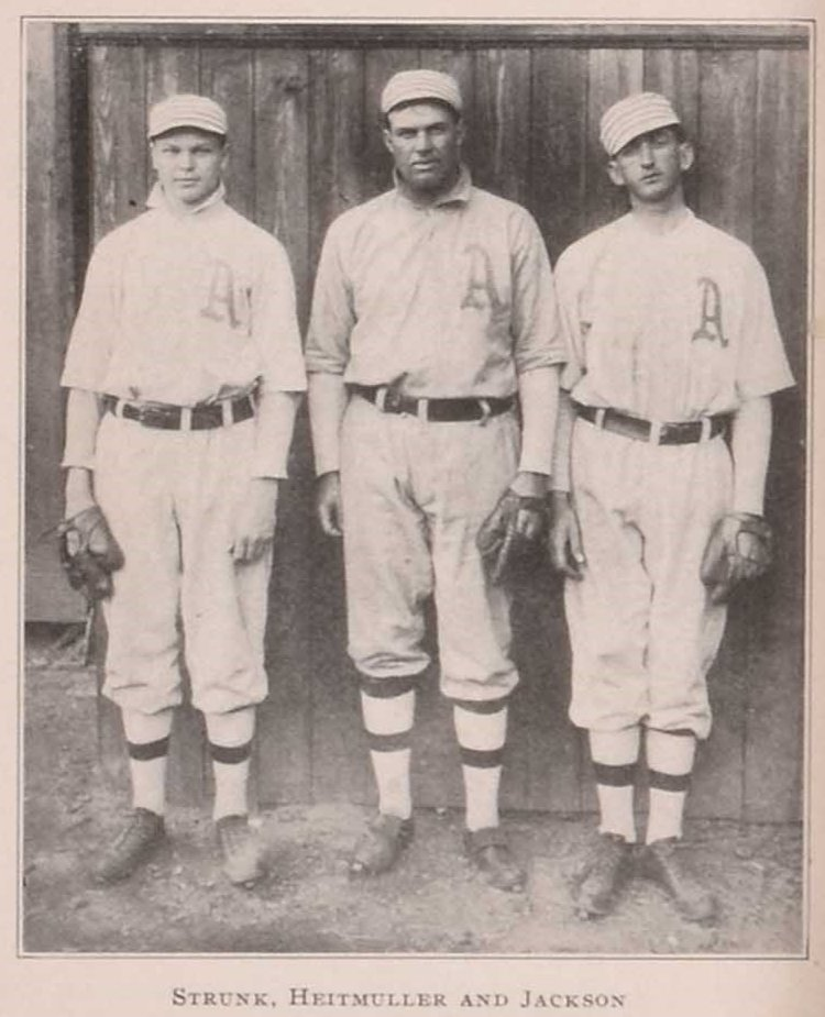 A trio of Philadelphia Athletics' reserve outfielders at spring training. New Orleans, Louisiana, 1909.  L-R: 20-year old Amos Strunk, 26-year old Heinie Heitmuller, and 21-year old Shoeless Joe Jackson.   Jackson was a September call-up: .176 (3-17), 3 R, 3 RBI. @OTBaseballPhoto https://t.co/NVMjUhp7dD