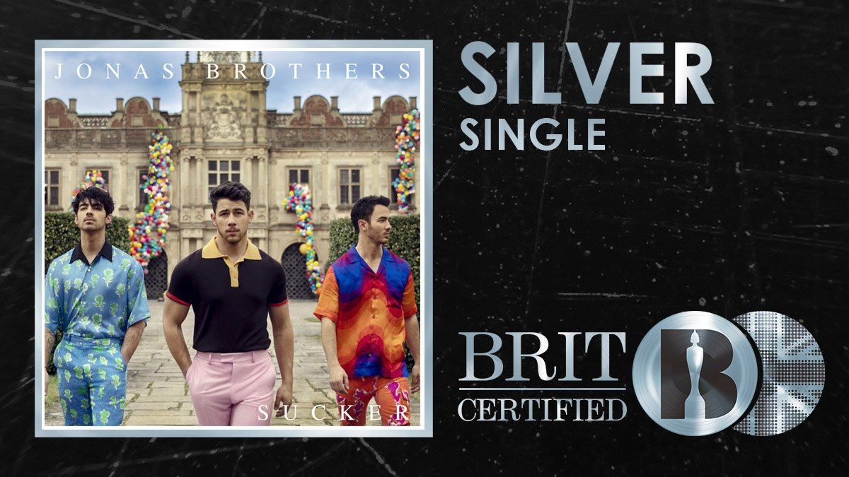 RT @BRITs: 🍬 @jonasbrothers... we're suckers for you and your #BRITcertified Silver bop! 🇬🇧💿 https://t.co/9wkX9e7VcN