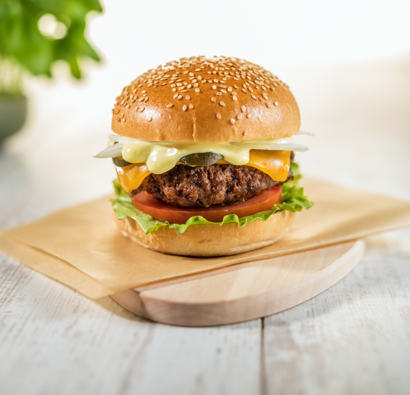 Simply delicious hamburgers, cooked fresh to order. 🍔🥤😋👌 #loveeddie #hamburgers #fries #shakes https://t.co/iddXhyUn3M