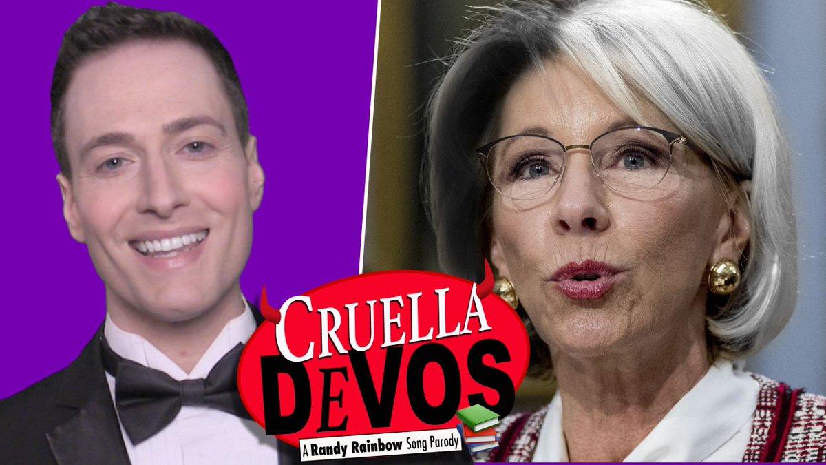 #FBF #CruellaDeVos 🍎
