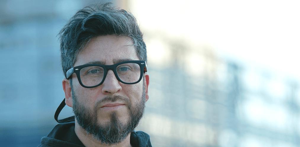 """test Twitter Media - """"Tiempo y Lugar"""" se llama el primer disco en solitario de Cristián Opazo, músico que formó parte de grupos como Aeroplano, Solo Residentes y Upa!, y que visitó  #ViajeSinRumbo para contarnos detalles de su carrera en solitario: https://t.co/BsDPBBbHL7 https://t.co/XuJAXH1Rhn"""