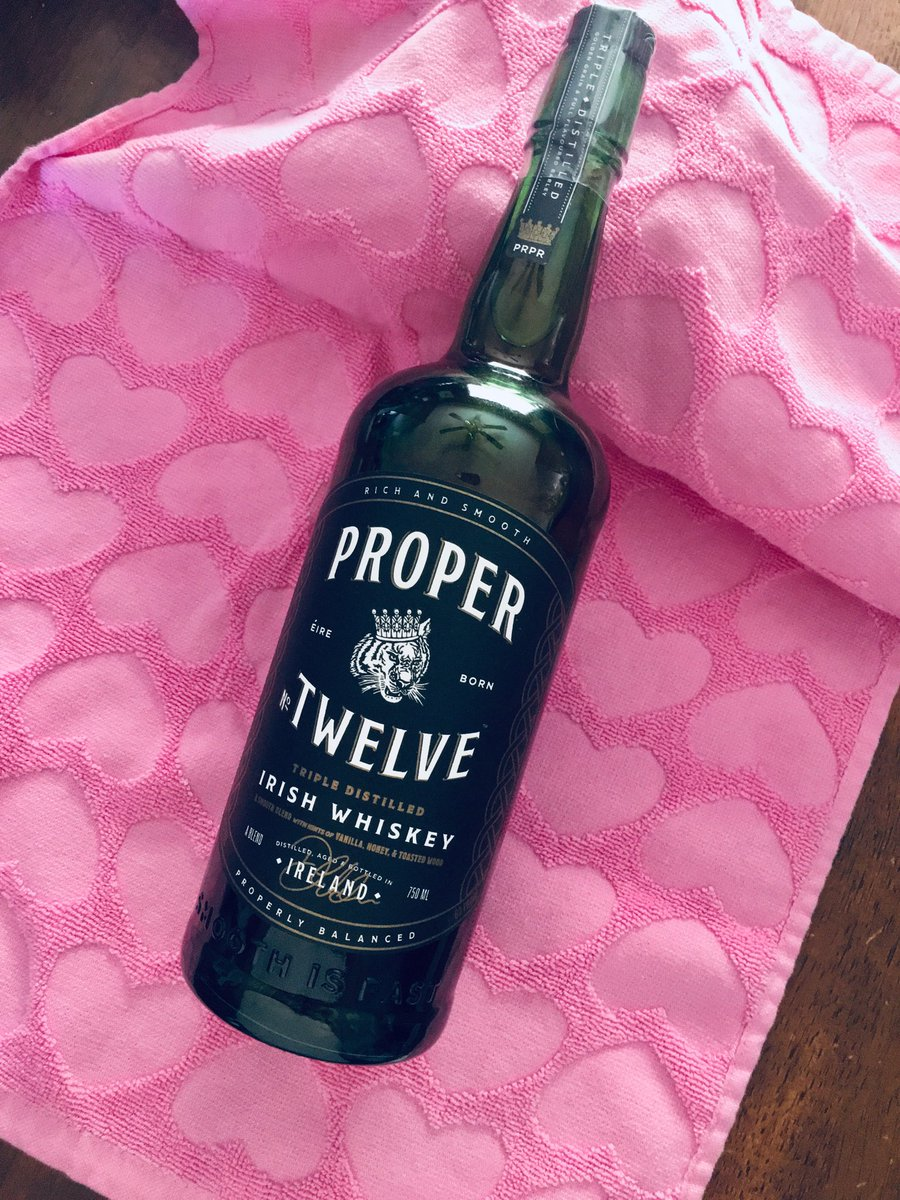 RT @Lolliqy: Found my true love with ⁦@TheNotoriousMMA⁩ 's @ProperWhiskey⁩ #ProperSendOff ???? https://t.co/09aC00wnXc