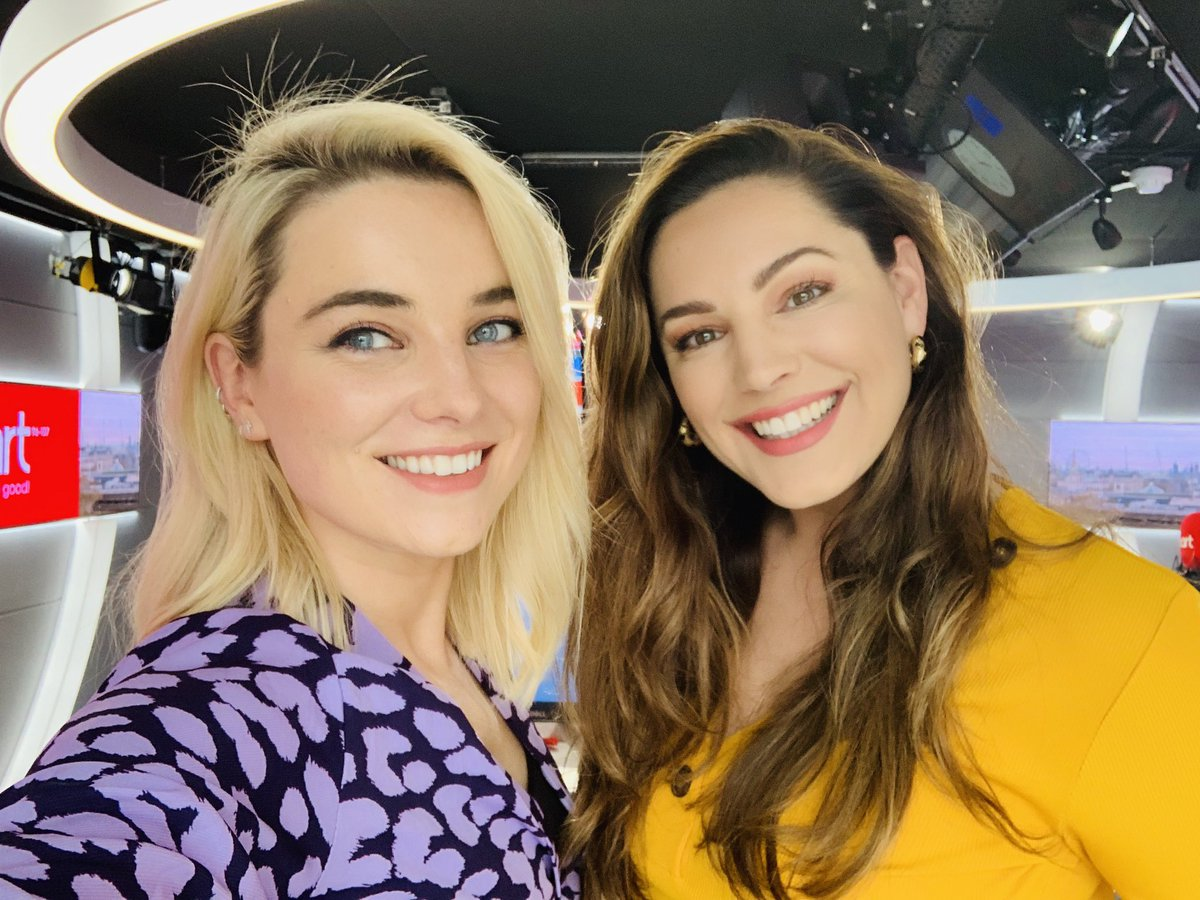 RT @Sianwelby: Girl power on @HeartLondon drive time tonight! ???? @IAMKELLYBROOK https://t.co/7vfiqslMDc