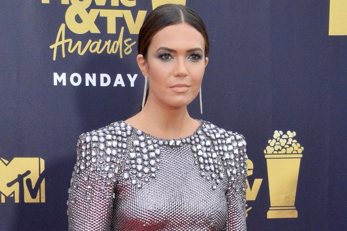 """April 10: Happy 35th birthday to singer Mandy Moore (\""""Candy\"""")"""