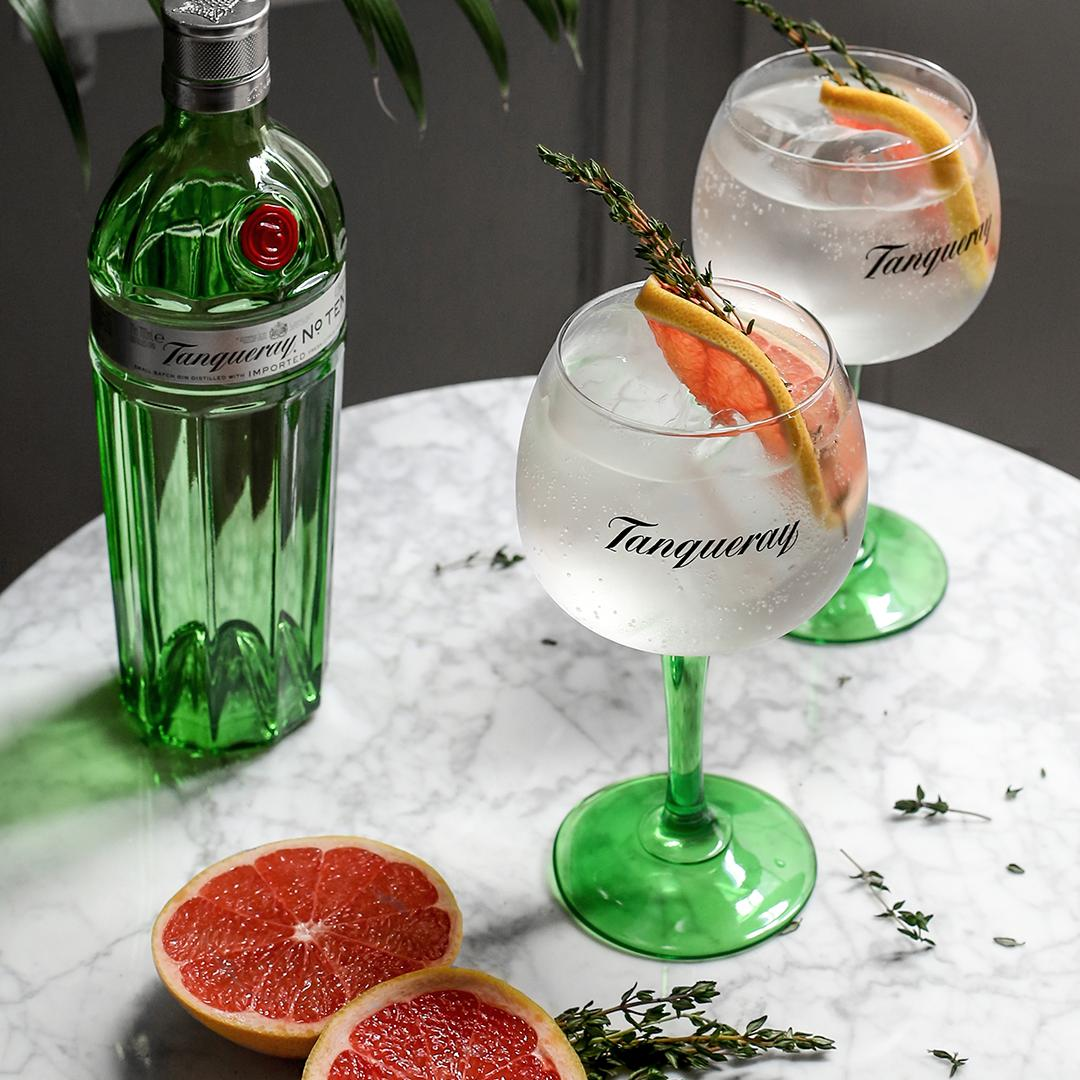 Tanqueray No. Ten  Just €35 this month   Did someone say bargain!!! (^Paul Barry) https://t.co/9peLXatbG4
