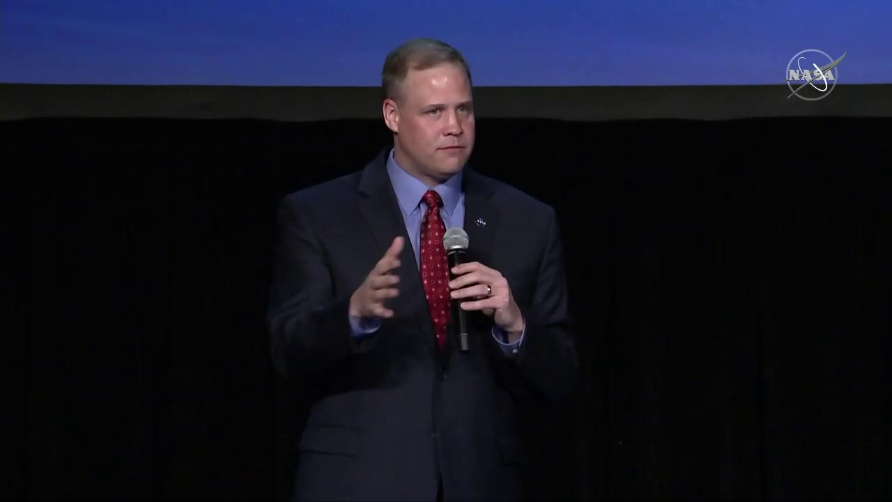 We're going to the Moon in 2024, and we're going to stay. At the #SpaceSymposium, NASA Administrator @JimBridenstine explains the phases for lunar exploration are to get humans there as fast as possible, then make it sustainable to conduct long-term missions. #Moon2024 https://t.co/7HQlKfdUU0