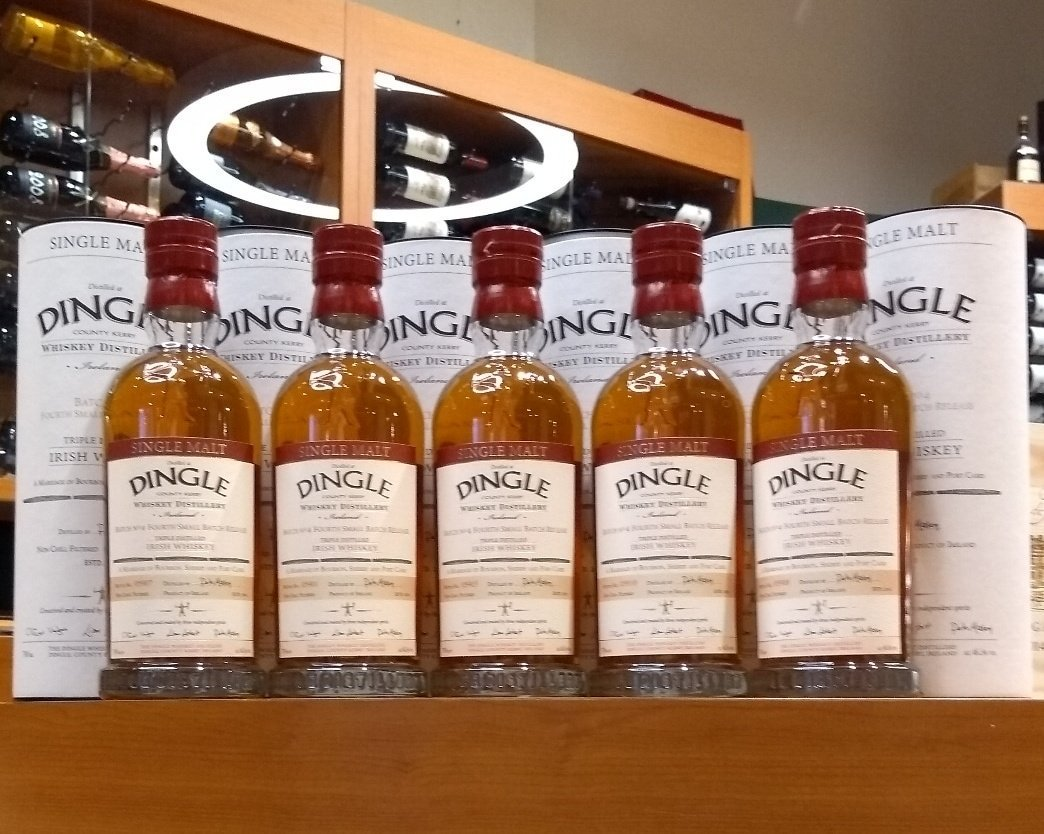 Single Malt @DingleWhiskey Batch 4 landing in  stores this week (^Paul Barry) https://t.co/Ji47FSY2gG