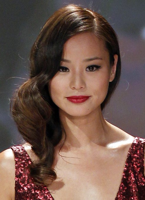 Happy Birthday to the ridiculously beautiful and talented Jamie Chung!!