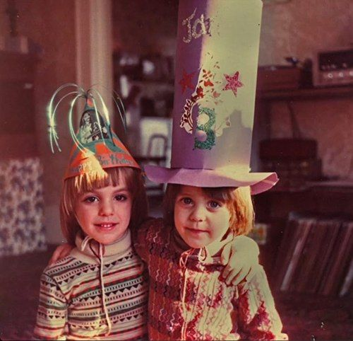 Thank you for sharing this MARS life with me. Couldn't do it without you. #NationalSiblingsDay https://t.co/Asn7otMbUZ