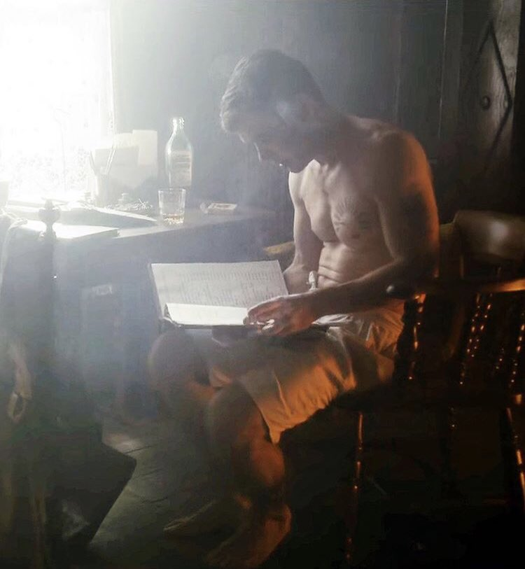 test Twitter Media - the only time #TommyShelby walked in a library he wanted to rip a page of a book 😂😂 but here he is reading.... half naked..... #WorldBookDay  #PeakyBlinders  #CillianMurphy https://t.co/BYxa3xZfQu