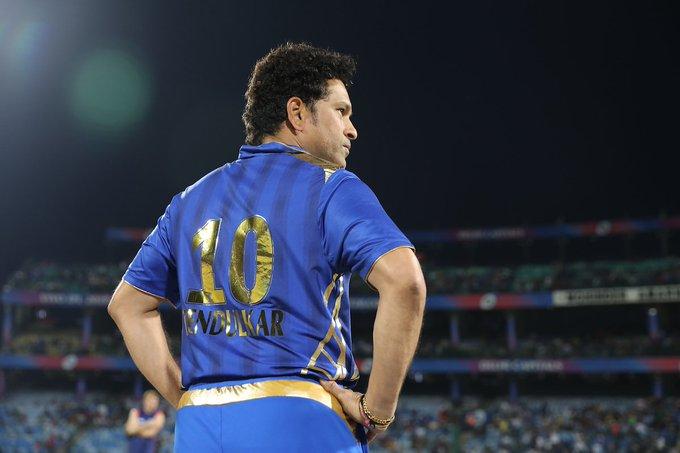 Happy birthday to Sachin Tendulkar sir the god of cricket world