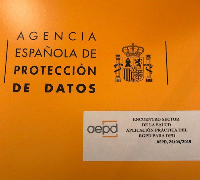 test Twitter Media - Avui hem participat en la sessió de treball organitzada per l'Agència Espanyola de Protecció de Dades, en la qual s'han debatut aspectes específics que s'apliquen al sector salut. #AEPD #Coditipus #RGPD https://t.co/aFsPrIvMbd
