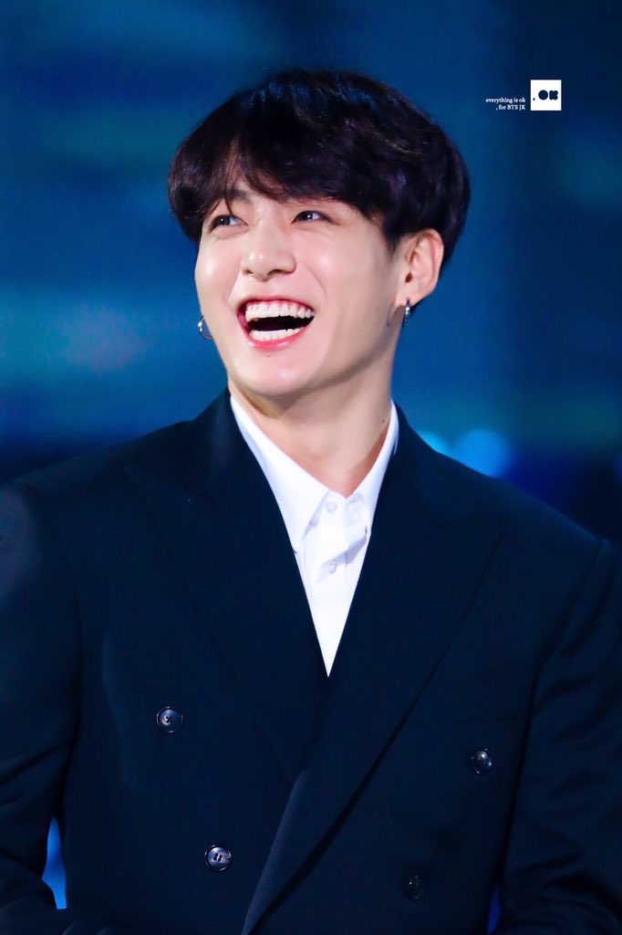 RT @kookpiics: Jungkook's smile is so beautiful ✨💜 #JUNGKOOK #정국 #BBMAsTopSocial BTS @BTS_twt https://t.co/6LUGQLrZan