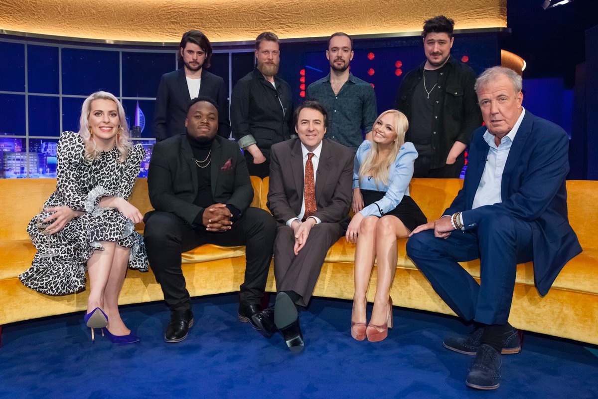 I'm on the @JRossShow tonight! Tune into @ITV from 9:25pm. ????✌???? #MyHappyPlace https://t.co/Q91DsP8zmC